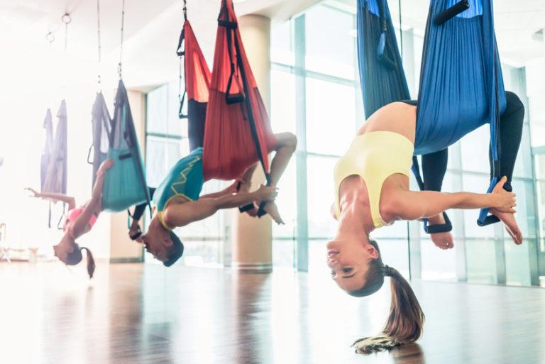 Es gibt wieder Aerial Yoga-Kurse!